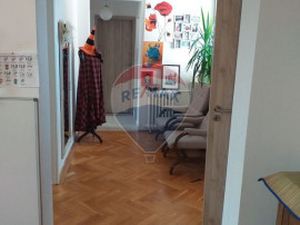 Apartament de vanzare cu 3 camere pe str. Transilvaniei R...