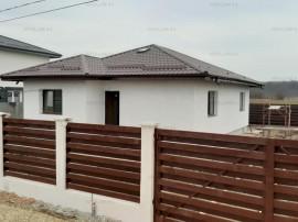 Săbăreni, casă nouă 3 camere și dependințe, curte 500