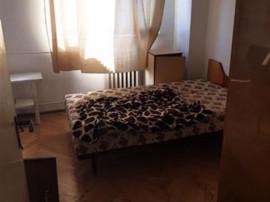 Apartament 4 camere, cf 1, decomandat ULTRACENTRAL