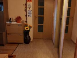 Apartament cu 4 camere in cartierul Tractorul
