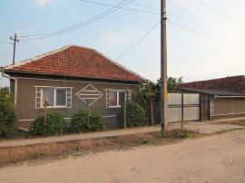Casa familiara - Ghiorac