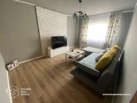 Apartament 3 camere, zona Alfa, decomandat, centrala