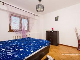 Apartament 3 camere, zona Intim, decomandat