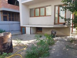 Vila cu teren 450 mp - Micro 17