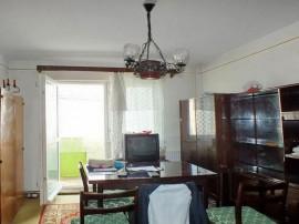 2 camere Grivitei, decomandat, etaj intermediar, 59.000€