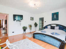 Central - Dumbravita - Apartament 4 camere - +curte - prima