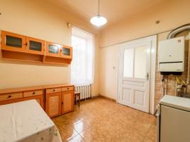 Apartament la casă pe 2 niveluri, Iuliu Maniu