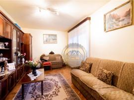 Apartament cu 3 camere,etaj intermediar,pozitionare excelent