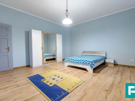 Apartament de închirat cu 2 camere,zona Centrala