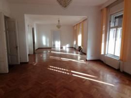 Apartament cu 7 camere - Pta. Maria - Disponibil imediat