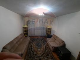 Apartament cu 3 camere de închiriat în zona P-ta Garii