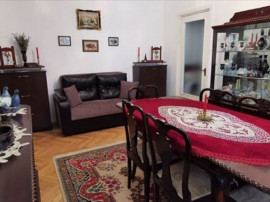 Apartament 3 camere etaj intermediar Zona Vlahuta,108G2