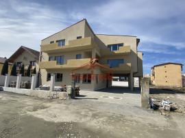 Apartament 3 camere 61 mp utili, Selimbar strada Petru Rares