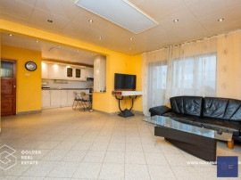 Apartament 3 camere, Micalaca, zona 300, etaj 2