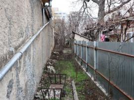 Casa si teren - Strada Mihai Bravu