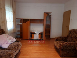 Apartament 2 camere decomandat - zona Racadau