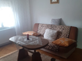 Inchiriez apartament cu 2 camere semidecomandat Micalaca