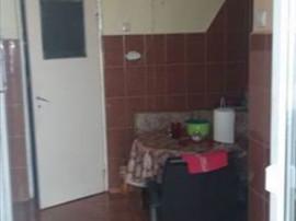 Apartament 3 camere decomandat, 2 bai Judetean, 1085S