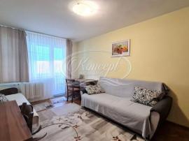 Apartament cu 2 camere decomandate, zona hotel Royal