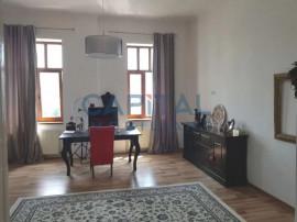 Comision 0!Apartment cu 4 camere semidecomandat in Piata Mih