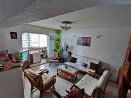 Apartament 4 camere decomandat - zona Astra