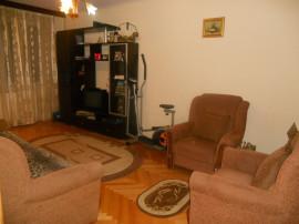 Apartament 3 camere decomandate piata berceni