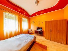 Apartament cu 2 camere la casă în Pârneava