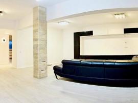 Apartament lux 3 camere, finisaje moderne, lux, zona Piat...