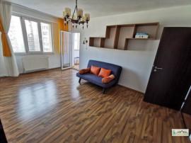 Apartament 3 camere etaj intermediar Calea Bucuresti 109PB
