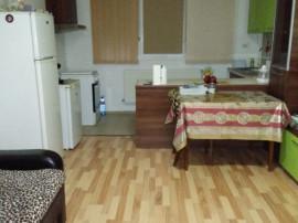 Apartament 3 camere, metrou Berceni - loc de parcare inclus
