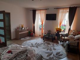 Apartament 2 camere Central, la casa, renovat, mobilat
