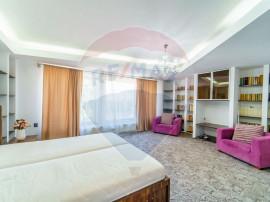 Apartament la casa cu 4 camere Zona Banu Maracine