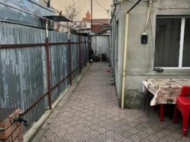 Casa 3 camere, zona Chercea