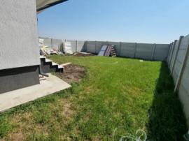 Casa single, teren generos-250 mp, 4 camere, finisaje pe ale