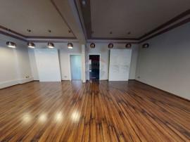 Apartament la parter cu 3 camere in Dorobanti Capitale