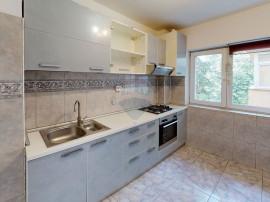 De vanzare apartament cu 2 camere in zona Titulescu - Ban...