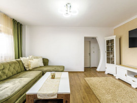 Apartament 4 camere, zona Micalaca