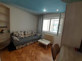 Apartament 2 camere decomandat, balcon, zona Pritax