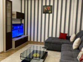 Inchiriere Apartament 3 camere in zona Unirii, bloc 2019