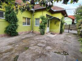 Casa de - Zona Centru - 665 MP Teren