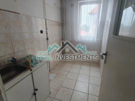 Ap. 2 cam. zona Boul Rosu-Romanilor - ID : RH-29406-property