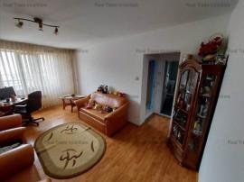 Apartament 3 camere etaj intermediar Noua,10ATA