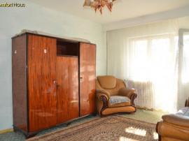 Apartament cu 3 camere, Republicii