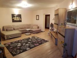 Apartament de 3 camere B-dul Decebal,Stradal,lux