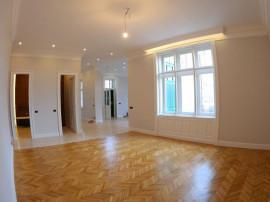 Apartament clasic, cu finisaje de exceptie, situat in ini...
