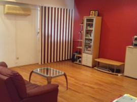 Apartament 3 camere decomandate Calea Bucuresti