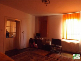 X1RF1133T, Casa 5 camere zona Aradul-Nou