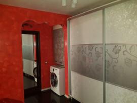 Apartament 2 camere, D, cf1, et3, Str Roșiori.