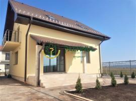 Vilă cu 4 camere în zona Calea Cisnadiei