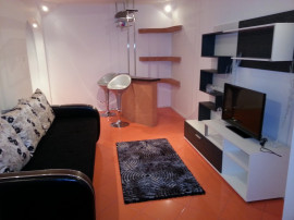 Plaja perla, intrare mamaia, apartament 2 camere, renovat
